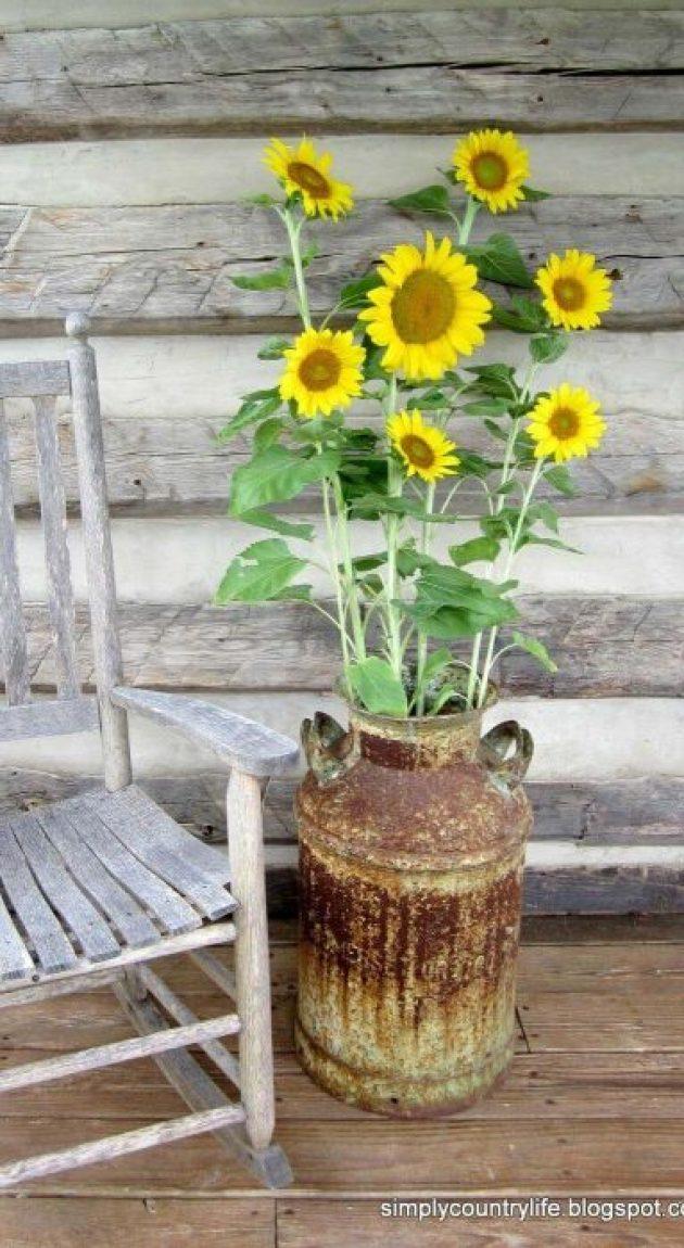 Farmhouse Porch Decorating Ideas - Rusted & Rustic Milk Pail Standing Vase - Cabritonyc.com