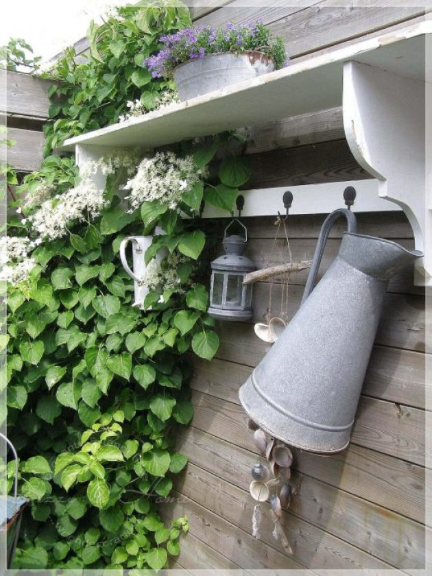 Farmhouse Porch Decorating Ideas - Potter's Shed Rustic Hanging Accoutrements - Cabritonyc.com