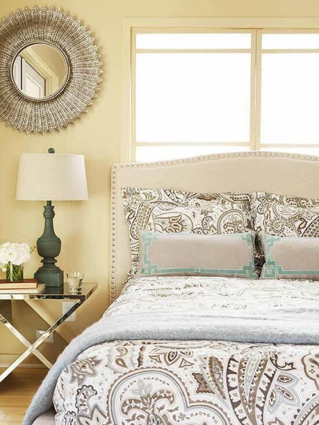 Romantic Master Bedroom Decor Ideas - Neutral Sparkle - Cabritonyc.com