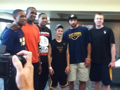 Zach-Miracle-63-Zach-with-WVU-Basketball-Team-at-HealthSouth-2012-07-19