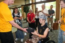 Zach-Miracle-85-Zach-with-WVU-Basketball-Team-at-HealthSouth-2012-07-19