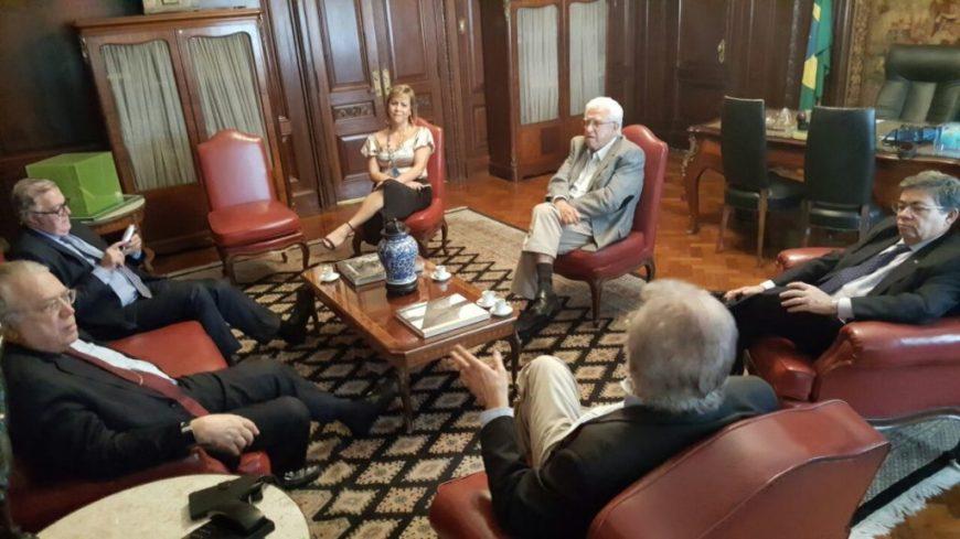 Reunião tratou do tratar do 3º Fórum Nacional CACB Mil, 9º Congresso Facerj e 1º Encontro Nacional dos Sebraes Regionais.