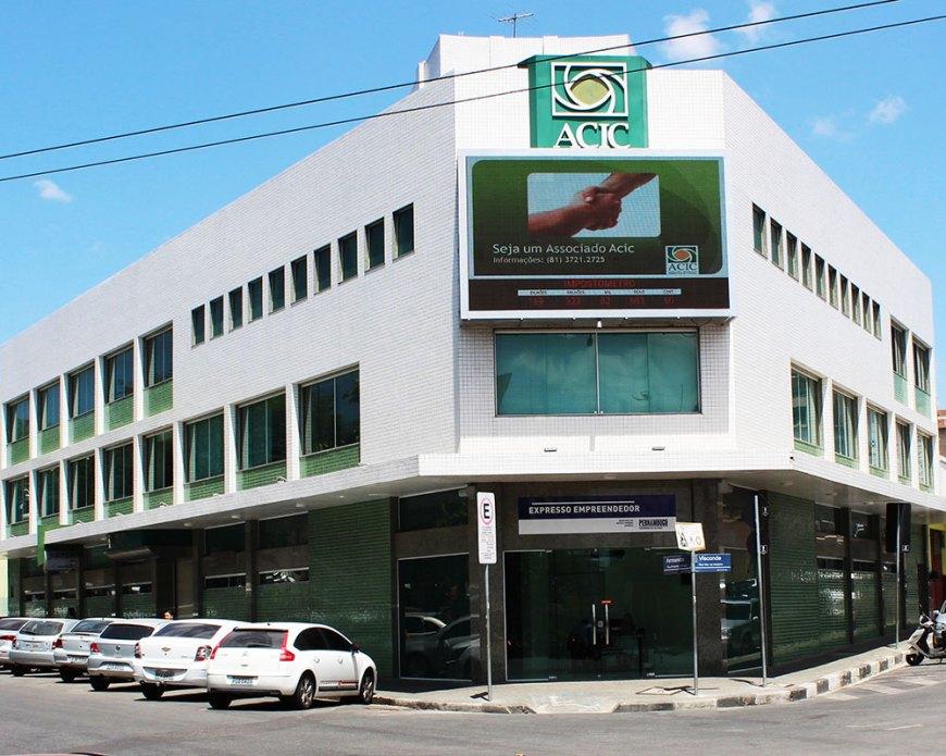 Fachada da ACIC - Associação Comercial e Empresarial de Caruaru