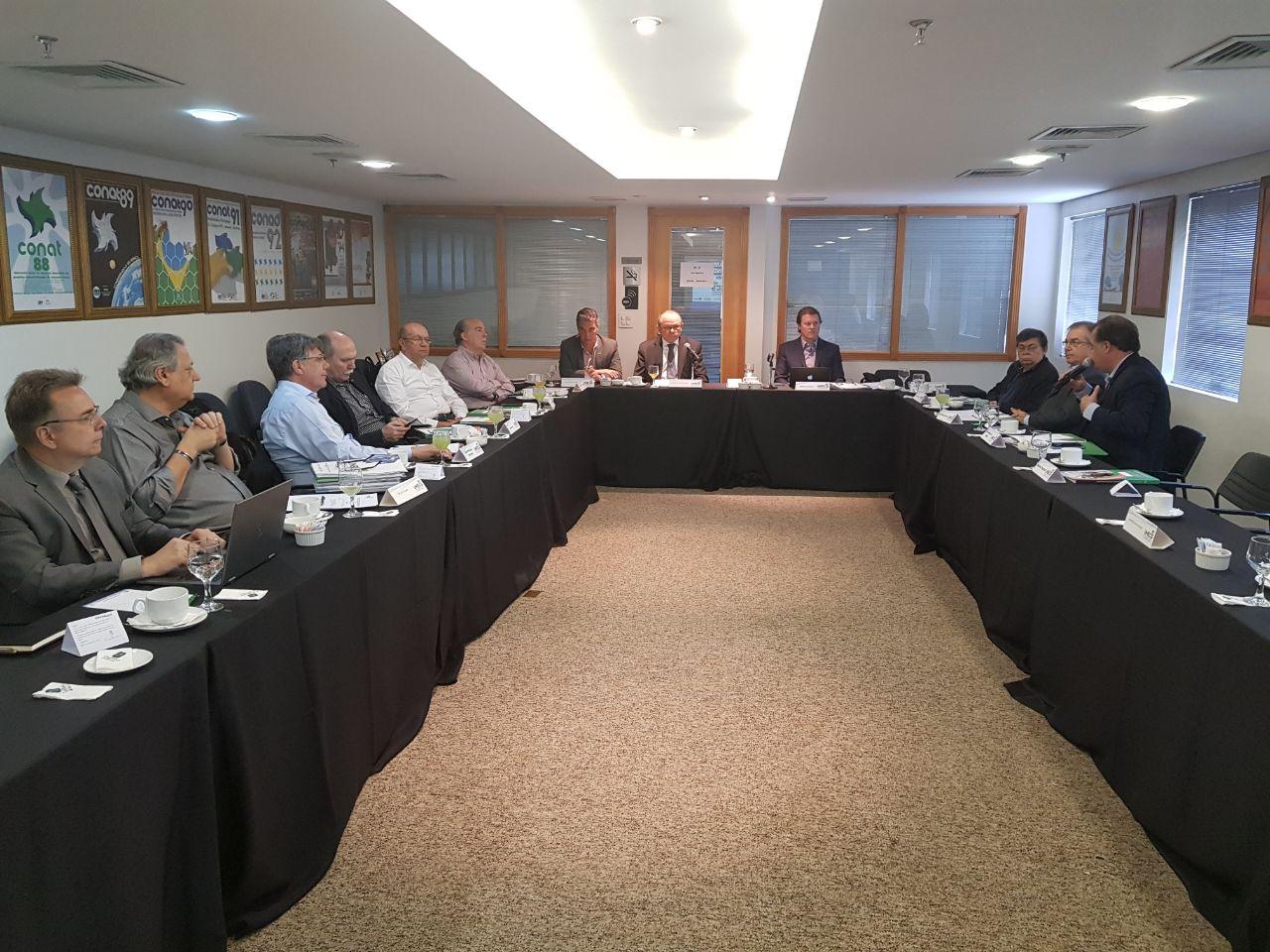 Unecs vai criar uma cartilha sobre a reforma trabalhista para conscientizar o setor de comércio e serviços
