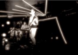delbi-seven rays 2013 live cave aux poetes