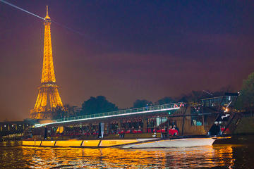 Seine River Bateaux Mouches New Year s Eve Dinner Party Cruise 2018     Seine River Bateaux Mouches New Year s Eve Dinner Party Cruise 2018   Paris