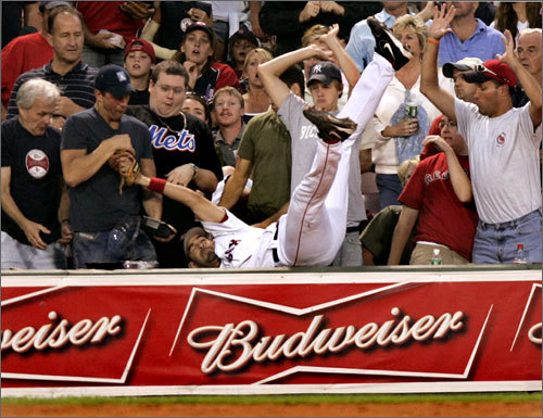 Sox fans quickly learned that Lowell wasn't afraid to sacrifice his body if he could make an out.