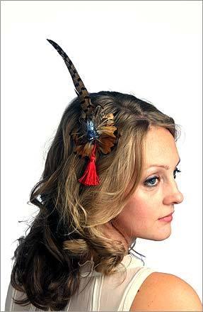 Turn Heads By Wearing Fascinators