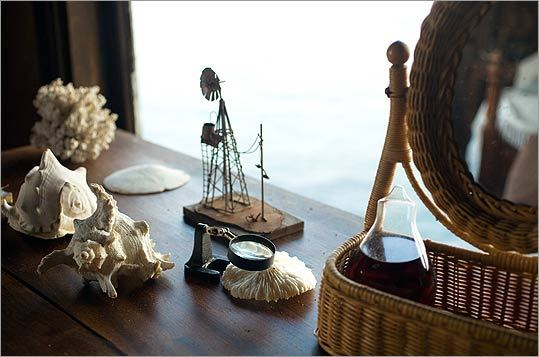 Desktop collectibles in a bedroom at Clingstone.