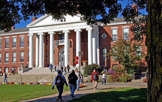 Bridgewater State students return to smoke-free campus ...