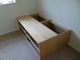 Turn Two Ikea Chest Of Drawers Into A Bed Lifehacker