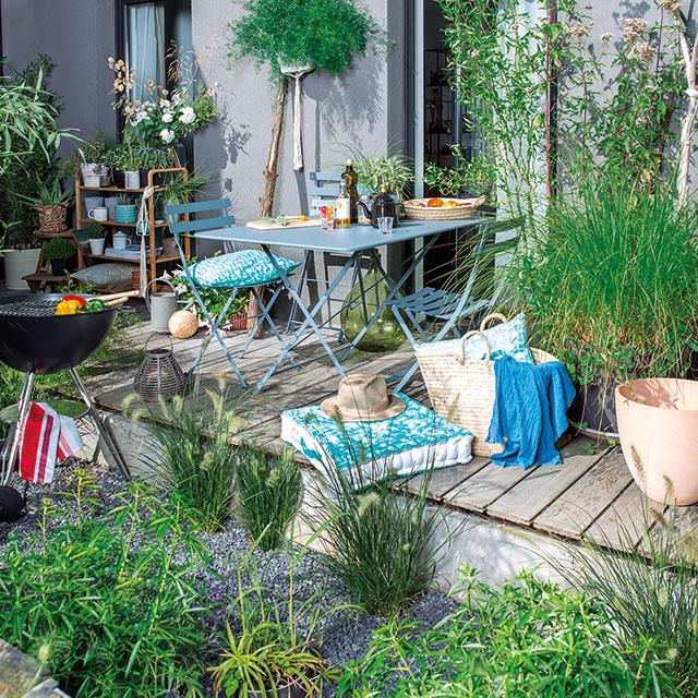 5 astuces pour agrandir son petit jardin marie claire
