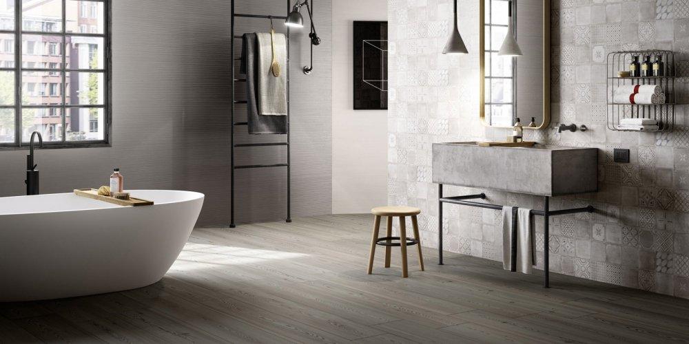 chaleureux et tres esthetique le parquet s invite volontiers dans la salle de bain le choix peut paraitre risque pourtant si la selection de l essence