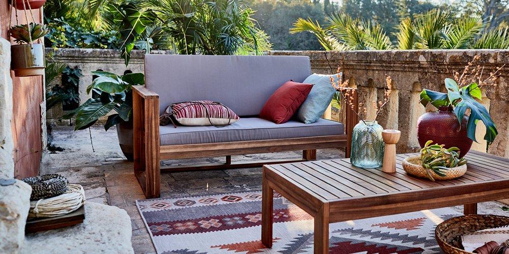 un beau salon de jardin a petit prix pour profiter de sa terrasse et de la vue sur le jardin c est possible exotique tendance ou design decouvrez notre
