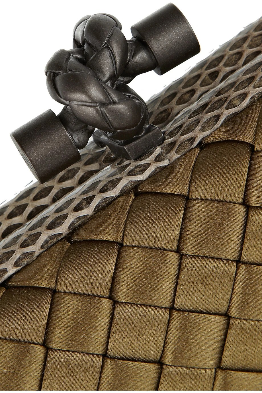 Bottega Veneta  close up