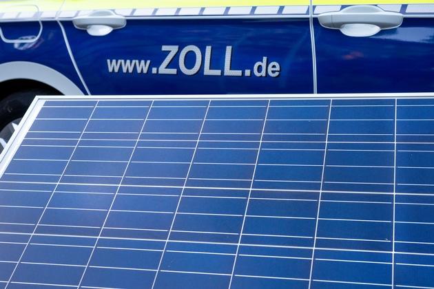 ZOLL-M: Bundesweite Durchsuchungsaktion wegen Falschdeklaration. Über 700 Seecontainer Solarmodule aus China beim Zoll falsch angemeldet.