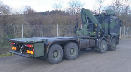 Über 1000 Transportfahrzeuge für die Truppe