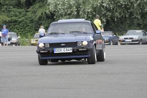 Einmal Capri, immer Capri - Fans des Sportwagenklassikers besuchen mit ihren automobilen Lieblingen die Ford-Werke