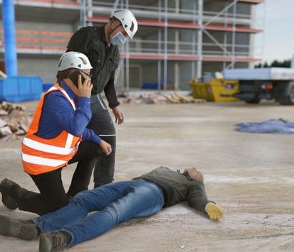 Gut versorgt nach schweren Unfällen/ BG BAU gibt Hinweise