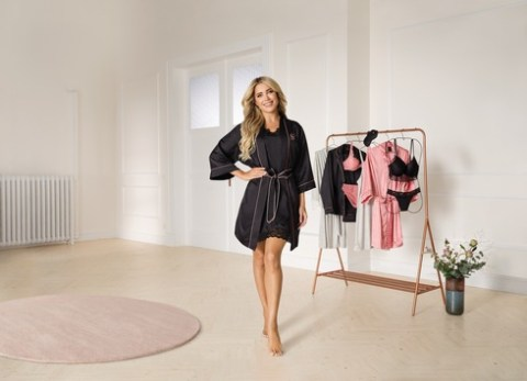 Eleganz zum Wohlfühlen: Sylvie Meis desingt Nachtwäsche für ALDI