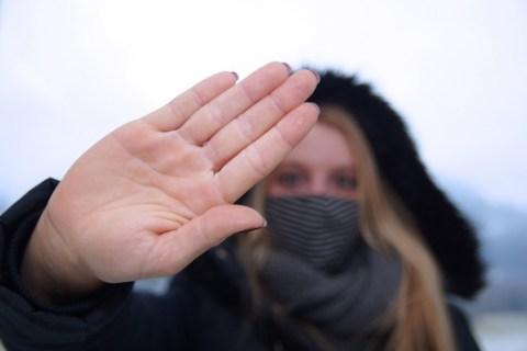 Dermatologe warnt vor falscher Händehygiene: Folgen für die Hautgesundheit im Corona-Winter nicht abzusehen