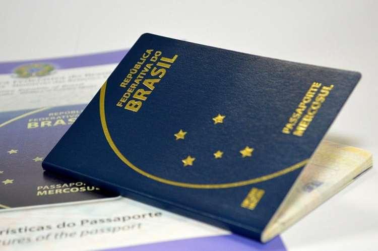 Resultado de imagem para passaporte viagem brasil