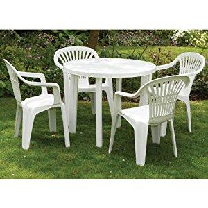 jardin avec chaises en plastique topiwall