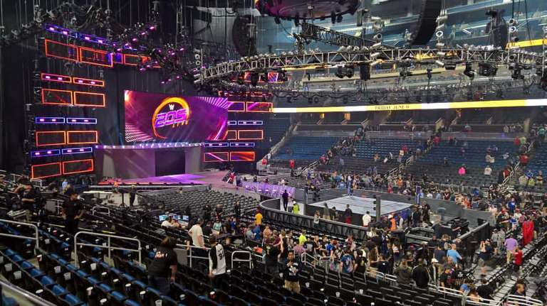 Reason Wwe Pulled 205 Live Cruiserweights From Raw