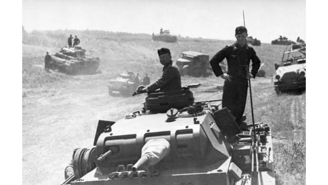 Преди 80 години Хитлер нахлу в СССР: агент Рамзи предупреди преди 6 месеца