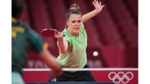 България започна с победа в Токио при завръщането ни в олимпийския тенис на маса след 29 години.