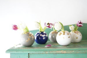 Image of On the Spot Globe Vase {Assorted Colors}