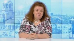 Професор Радостина Александрова: Дори и най-обикновените маски осигуряват защита