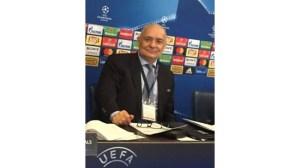 Драгомир Драганов в екипировка на Шампионската лига
