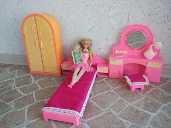 Спальня для Барби, Монстер Хай, мебель для кукол – купить ...