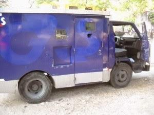 Diez detenidos por asalto a vehículo que transportaba casi RD$40 millones