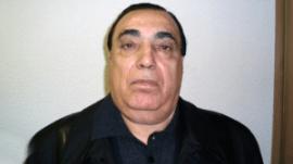 Aslan Usoyan ya sobrevivió a dos atentados de sus rivales en 1998 y 2010