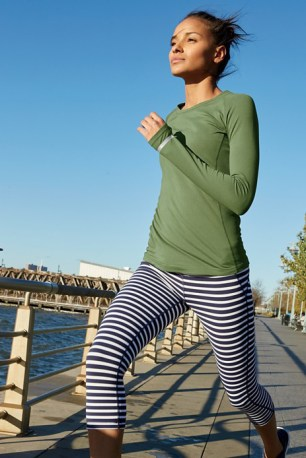 jcrew-new-balance-2017-spring-activewear-collection-10