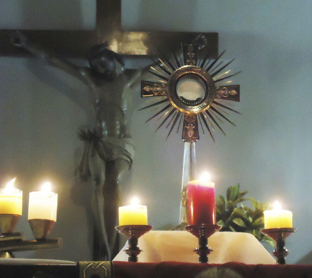 Blessed Sacrament in monstrance