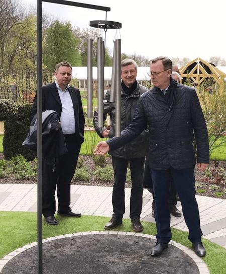 Ministerpräsident Bodo Ramelow und Gärtnerpräsident Ulrich Haage zur Eröffnung im Musikgarten auf der Landesgartenschau in Apolda 2017