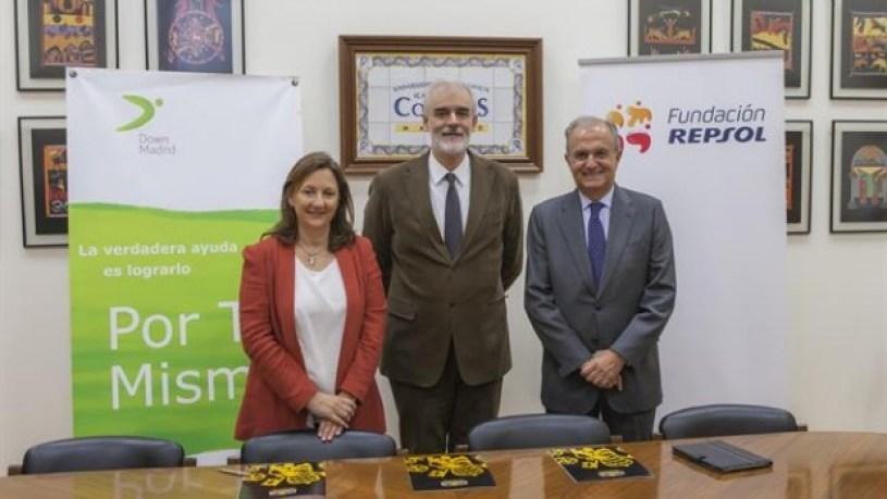 Fundación Repsol y Down Madrid renuevan su acuerdo con la Cátedra Familia y Discapacidad de Comillas ICAI-ICADE