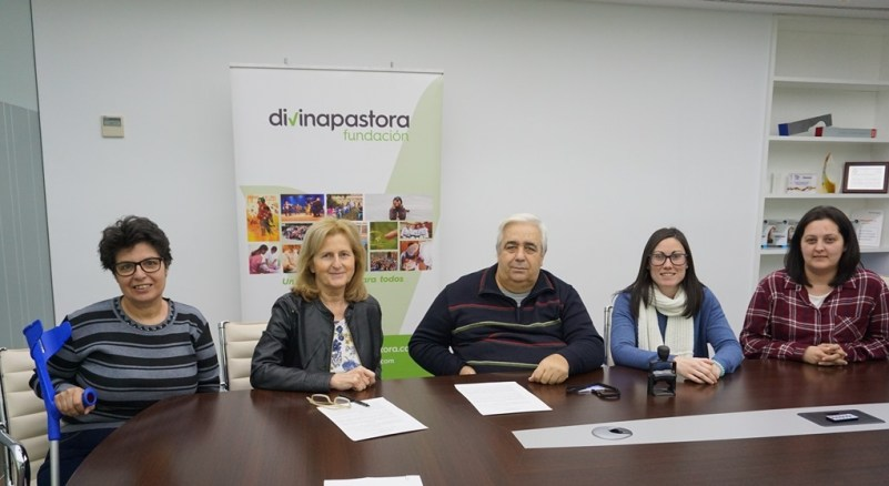 La Fundación Divina Pastora colabora con AMFISEP para mejorar la movilidad de personas con discapacidad
