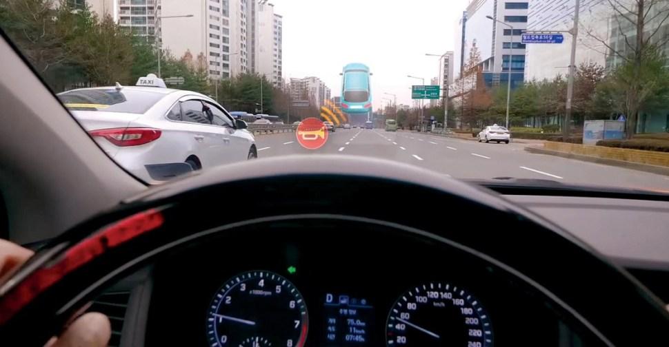 Hyundai revela tecnología para ayudar a conductores con discapacidad auditiva