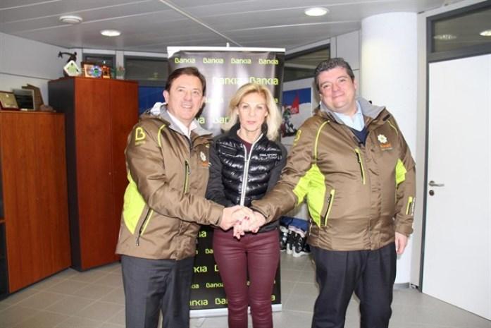 Bankia y Cetursa impulsan el esquí adaptado en la estación de Sierra Nevada