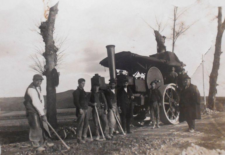 Resultado de imagen de apisonadora a vapor antigua
