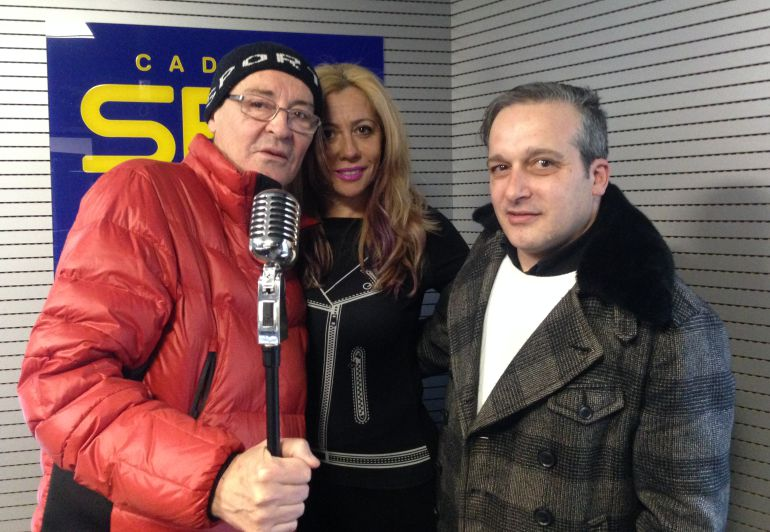 Antonio Villa-Toro (izquierda) y Carlos Luxor en los estudios de Radio León