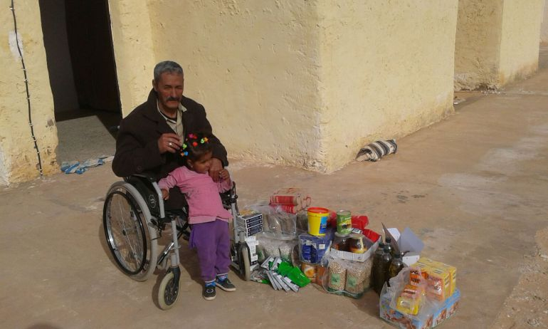 El material solidario llega a los campamentos de refugiados