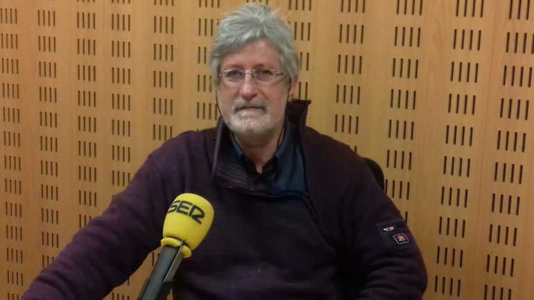 Josu Chueca Intxusta, Doctor de Historia Contemporánea y profesor de la UPV / Cadena SER