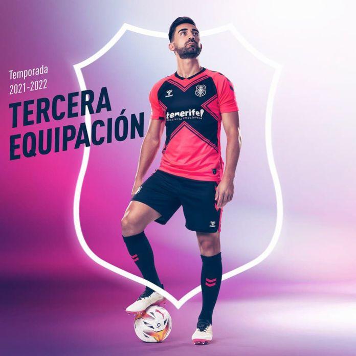 Tercera equipación CD Tenerife