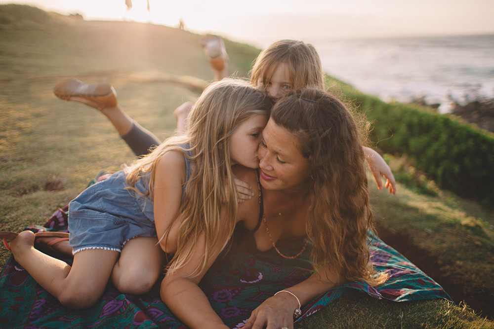 family photography in Paia, Maui  - cadenciaphotography.com
