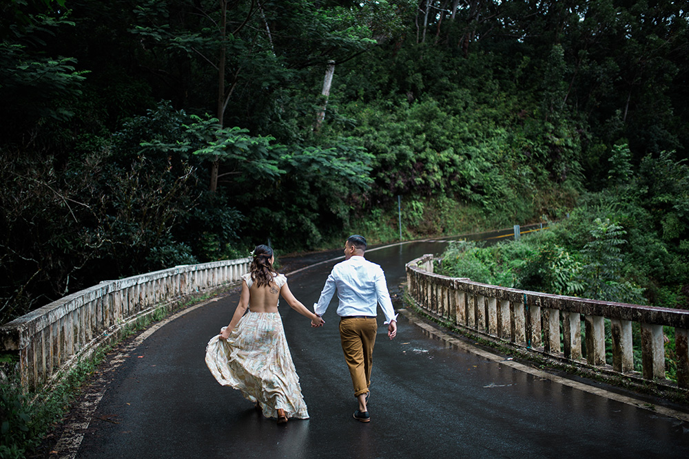 road-to-hana-photography-engagement